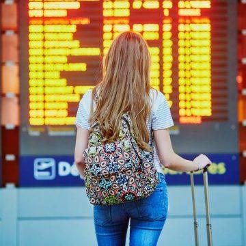 La Unión de Consumidores informa de los derechos de los pasajeros ante la cancelación de los vuelos por huelgas en el transporte aéreo