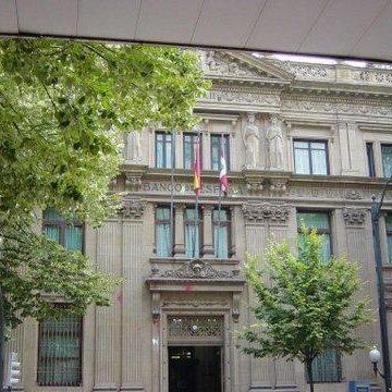 Los bancos ignoran más de la mitad de las resoluciones del Banco de España a favor del cliente
