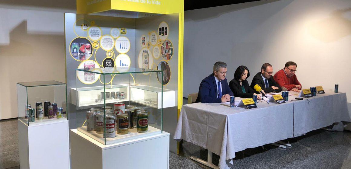 """Valencia, ciudad elegida para albergar la exposición """"Las latas de tu vida, las vidas de tu lata"""" que conmemora el 85 aniversario de la lata de bebidas"""