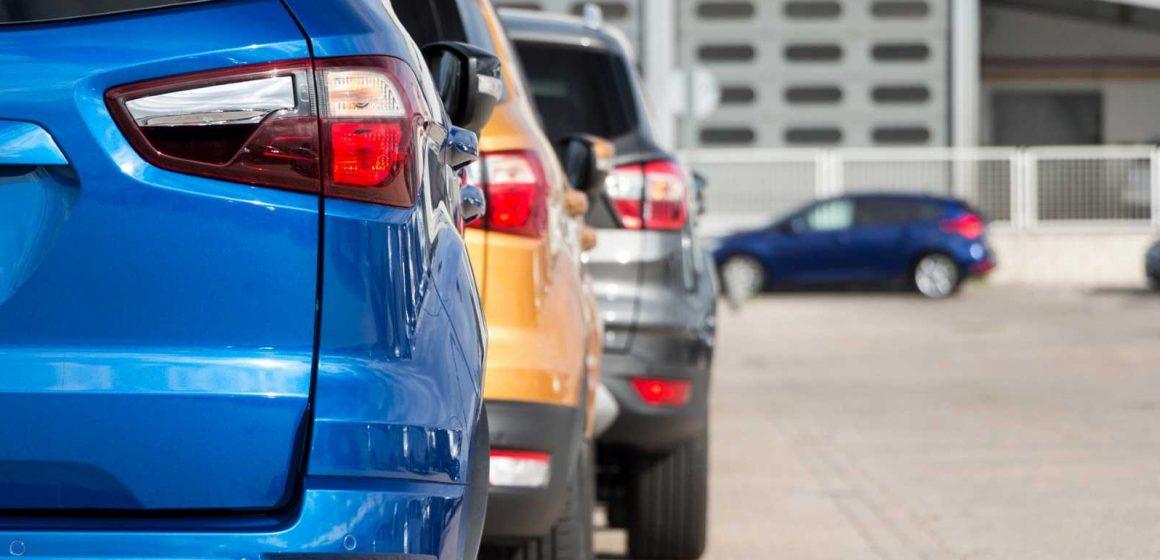 La DGT cambiará las etiquetas medioambientales de los coches