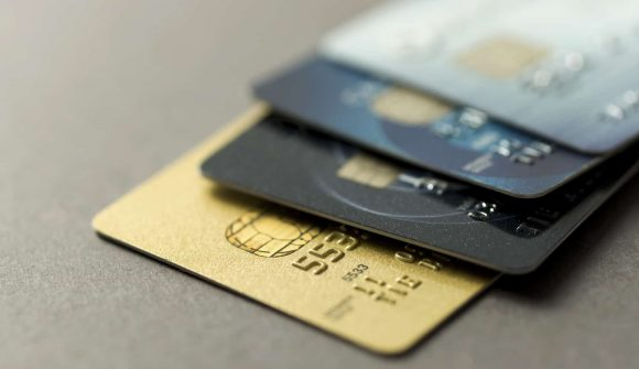 El Gobierno exige más transparencia a la banca con las tarjetas Revolving.