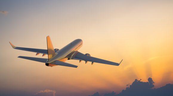 Condenan a 131 controladores aéreos a multas de entre 15.000 y 31.500 euros por el cierre del espacio aéreo en 2010