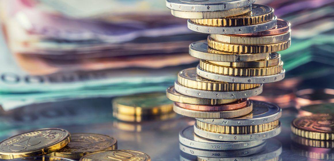 La banca sube las comisiones por mantenimiento como alternativa al cobro por depósitos