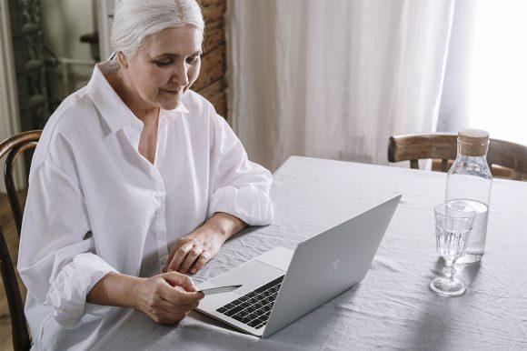 El 40% del consumo mundial lo realizan hoy ya los mayores de 65 años