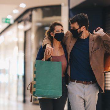 La Unión de Consumidores prevé un incremento de compras presenciales en rebajas por la flexibilización de restricciones